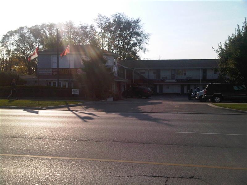 1889 Dudndas Motor Court Motel