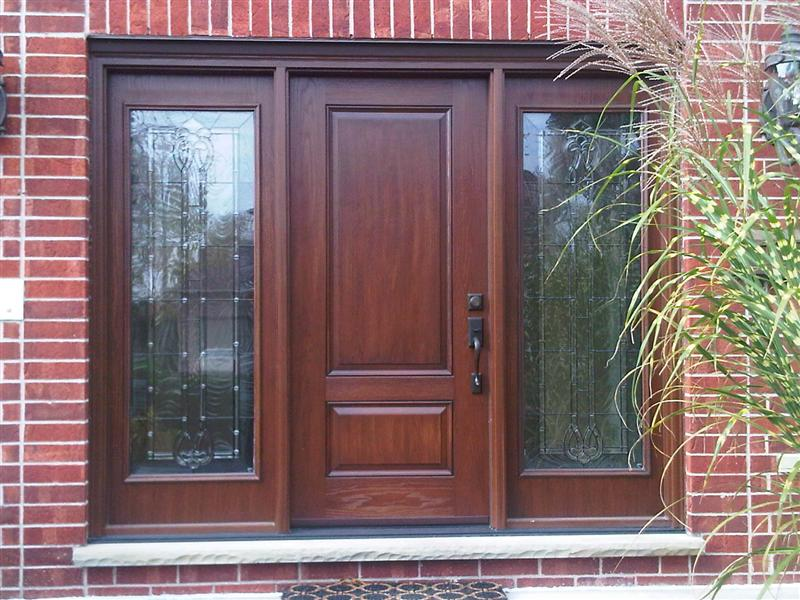 Executive panel door with two matching sidelights