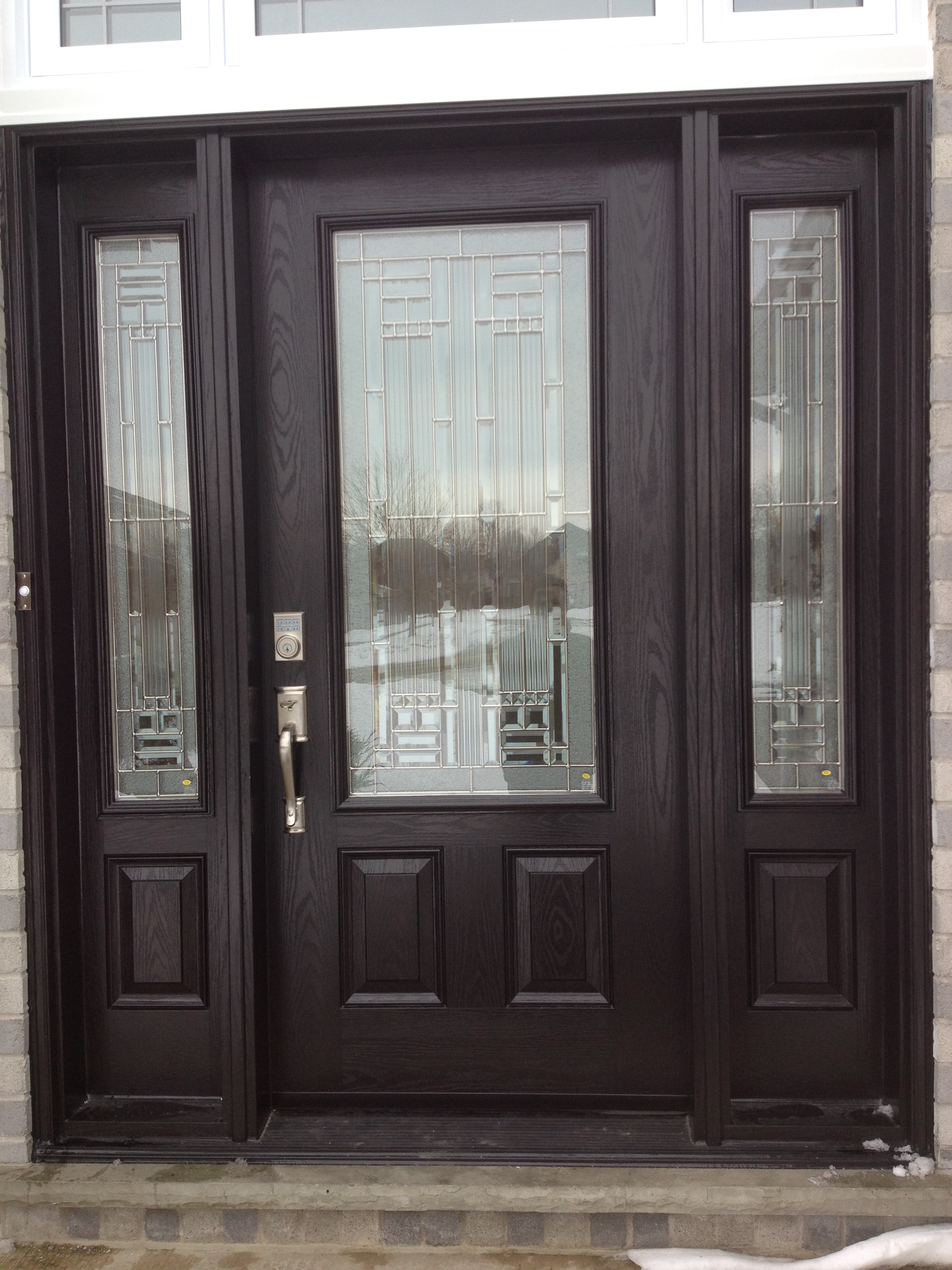 FIBERGLASS DOOR WITH MATCHING SIDELIGHTS