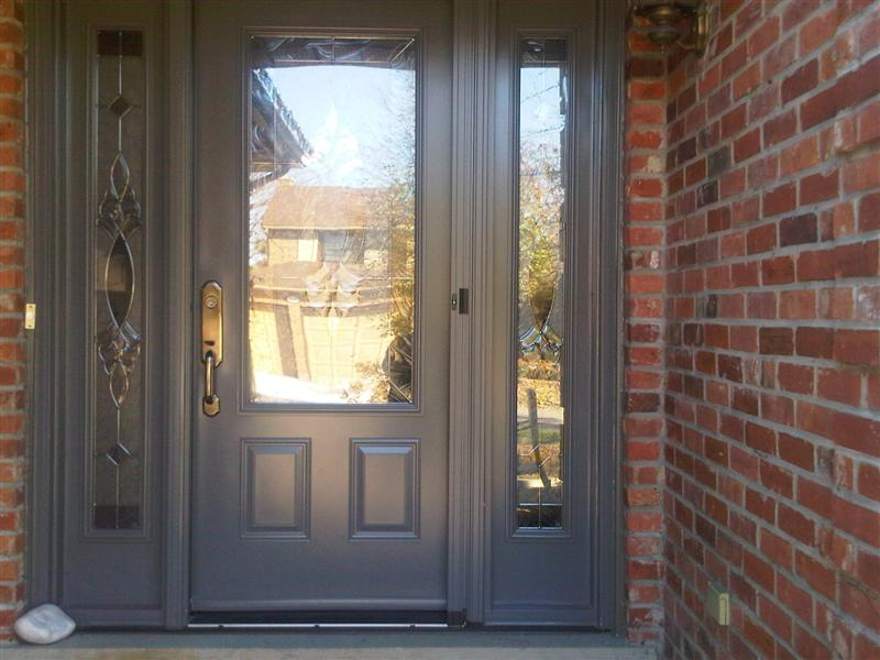Front door system with retractable screen