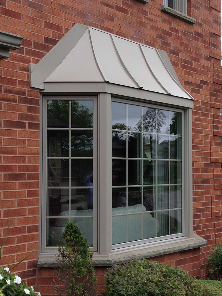 Bay and bow window gallery banman windows doors for Vinyl bay window
