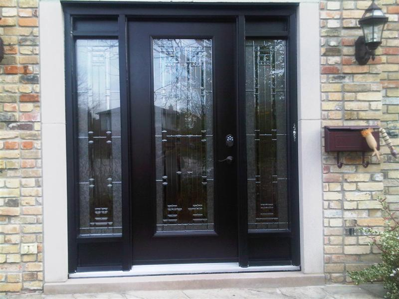 Single steel door with matching sidelights